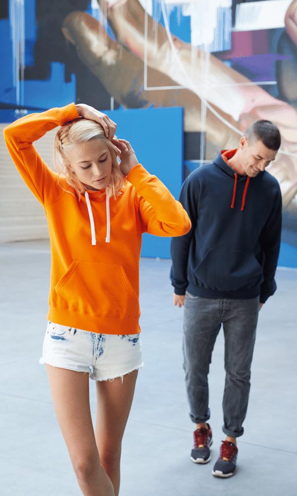 Sweat avec capuche homme et femme différents modèles et coloris